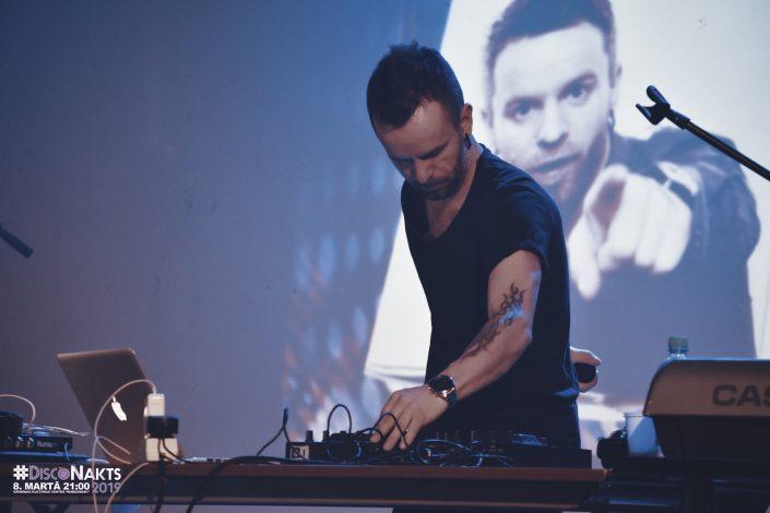 DJ Artis Dvarionas tieši Jums šonakt.